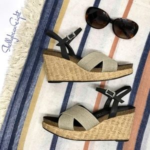 DONALD PLINER Hand Made Spain WEDGE Sandals 6.5